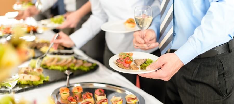 ¿Quiere celebrar una comida o cena de empresa? En nuestro restaurante de Albacete podrá disfrutar de la mejor comida manchega.